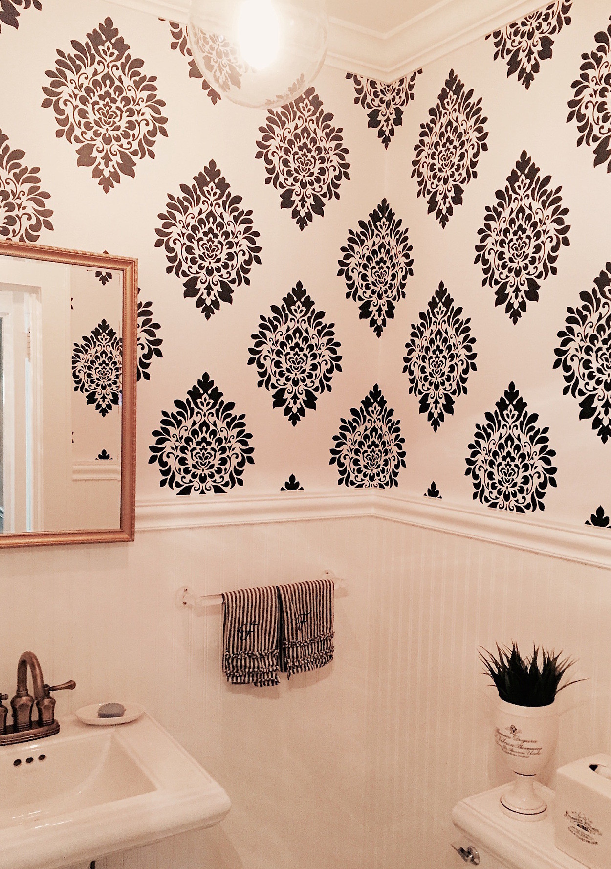 Thinking About A Bathroom Remodel? Here Are 4 Small Decorating Ideas With  Big Impact | Martha Stewart