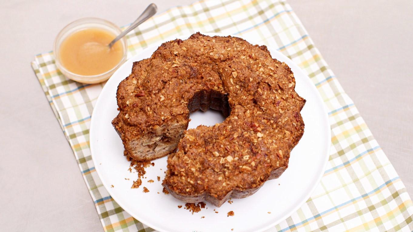 Video Apple Sour Cream Coffee Cake Martha Stewart