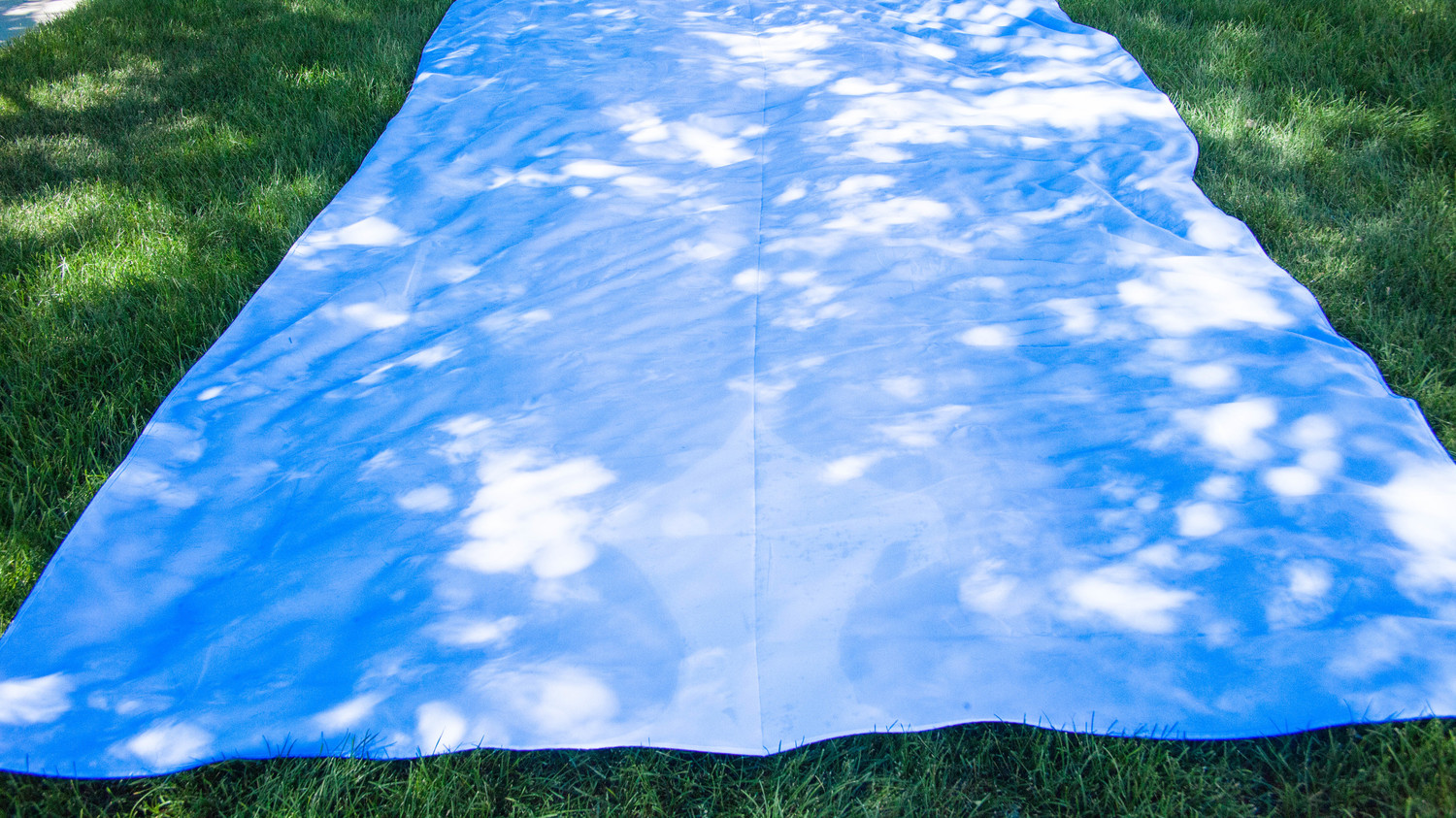 Dip-Dyed Tablecloth