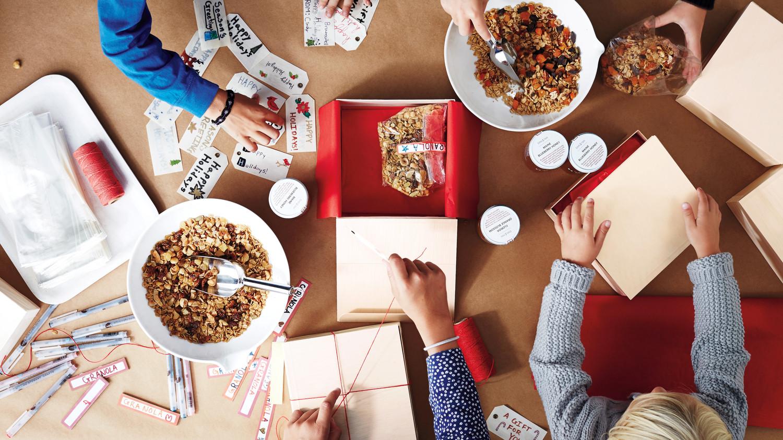 Diy holiday food gifts for everyone on your list martha stewart solutioingenieria Choice Image