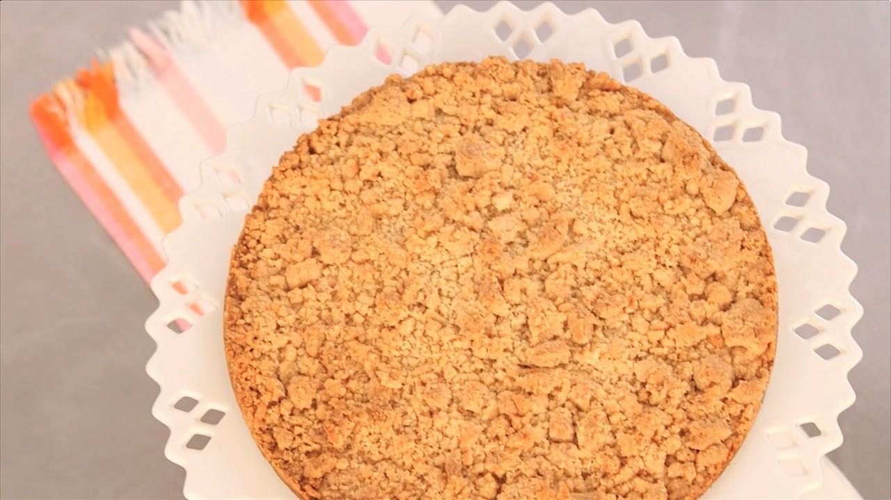One-Pot Almond Crumble Cookie Video | Martha Stewart