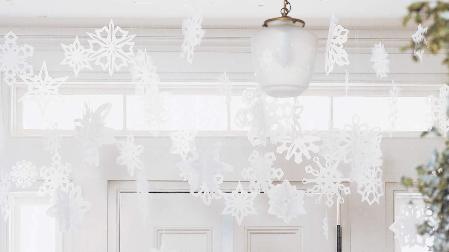 Our Prettiest Paper Snowflake Ideas Plus Free Templates Martha Stewart