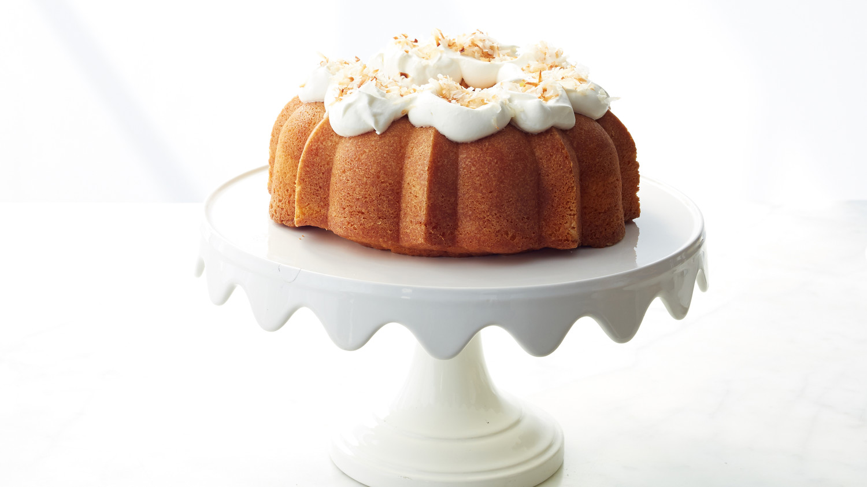 Martha Stewart Bakes Coconut Cake