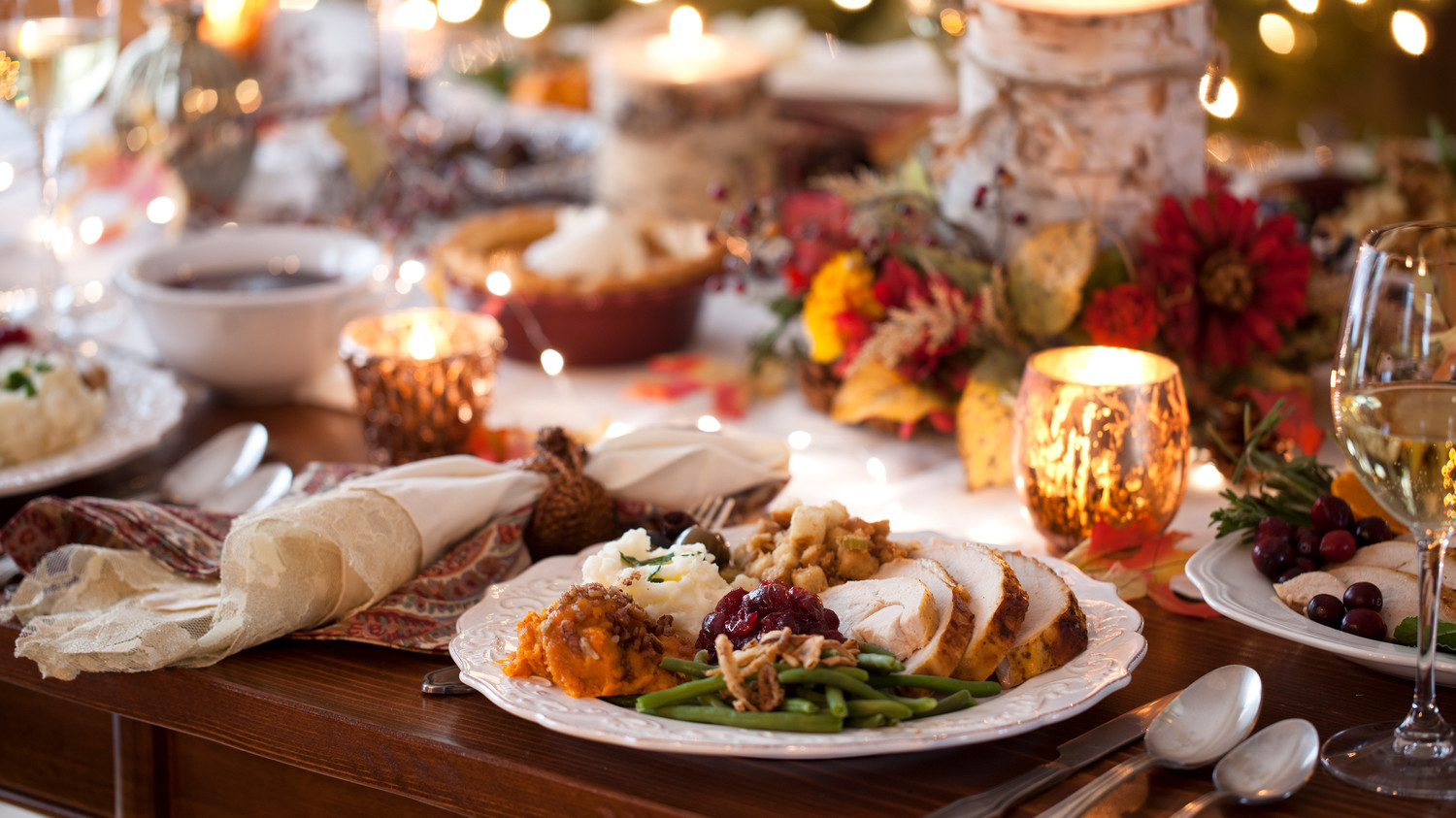 Americans Will Spend Over $300 Hosting Thanksgiving This Year, According to a New Study