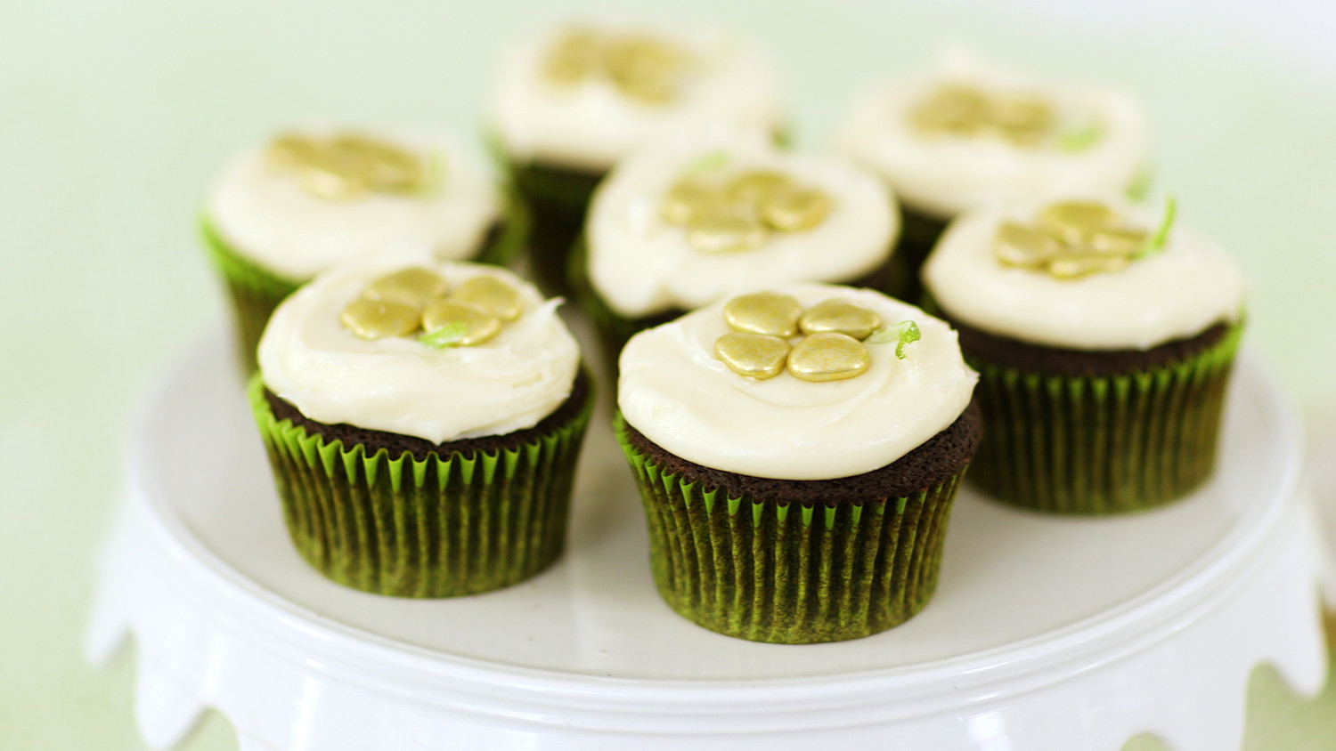 Video St Patrick S Day Cupcakes Martha Stewart