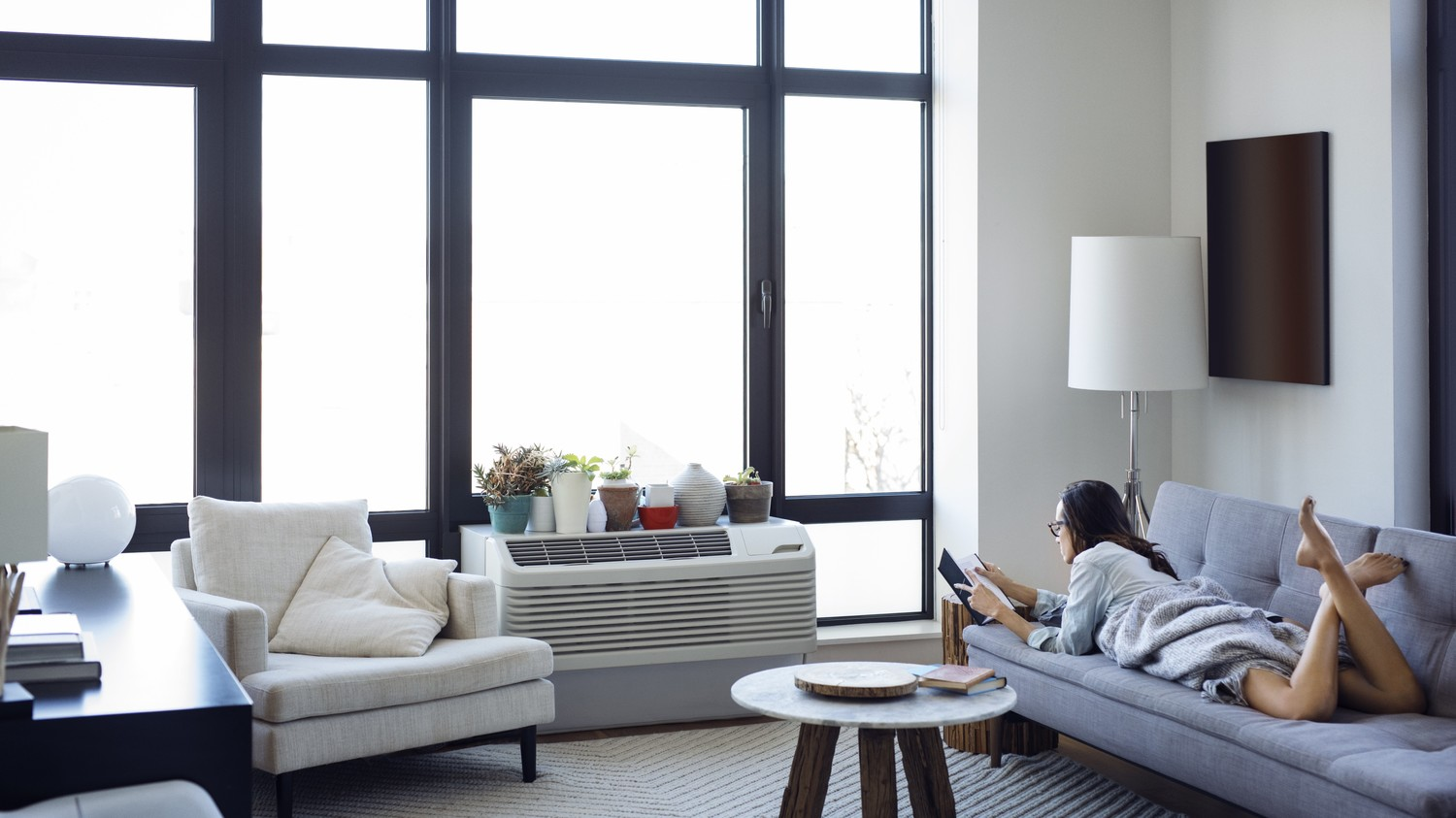 The Best Small-Space Air Conditioners to Cool Your Home