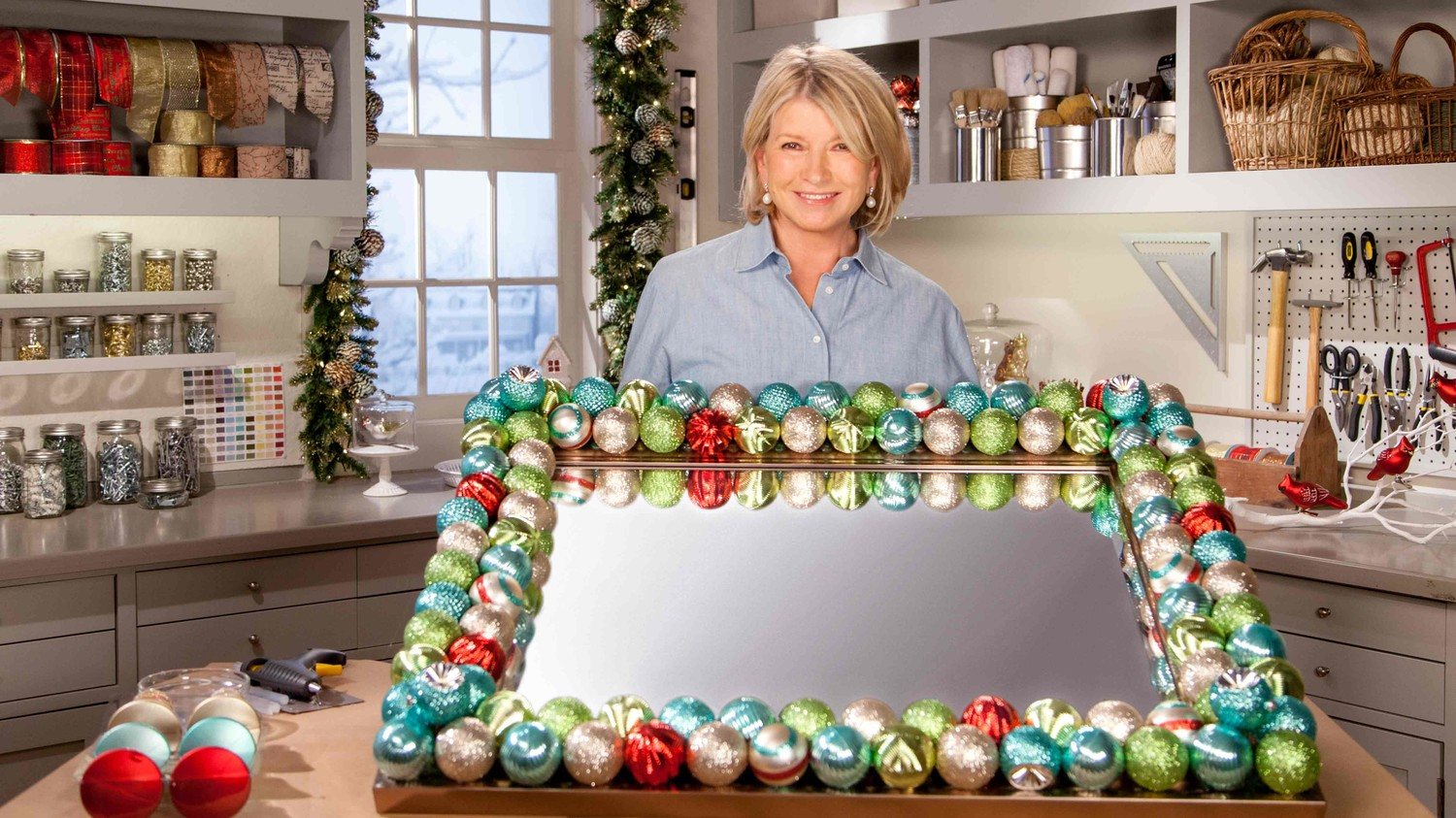 video holiday decorated ornament mirror martha stewart - Decorated Mirror