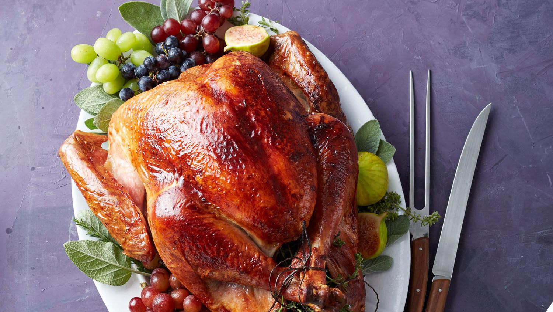 turkey-platter_671_bg_6138982_bkt.jpg
