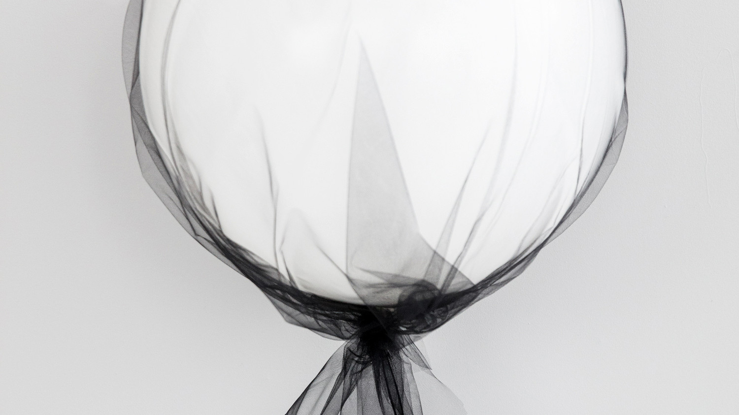Ghostly Tulle Balloons