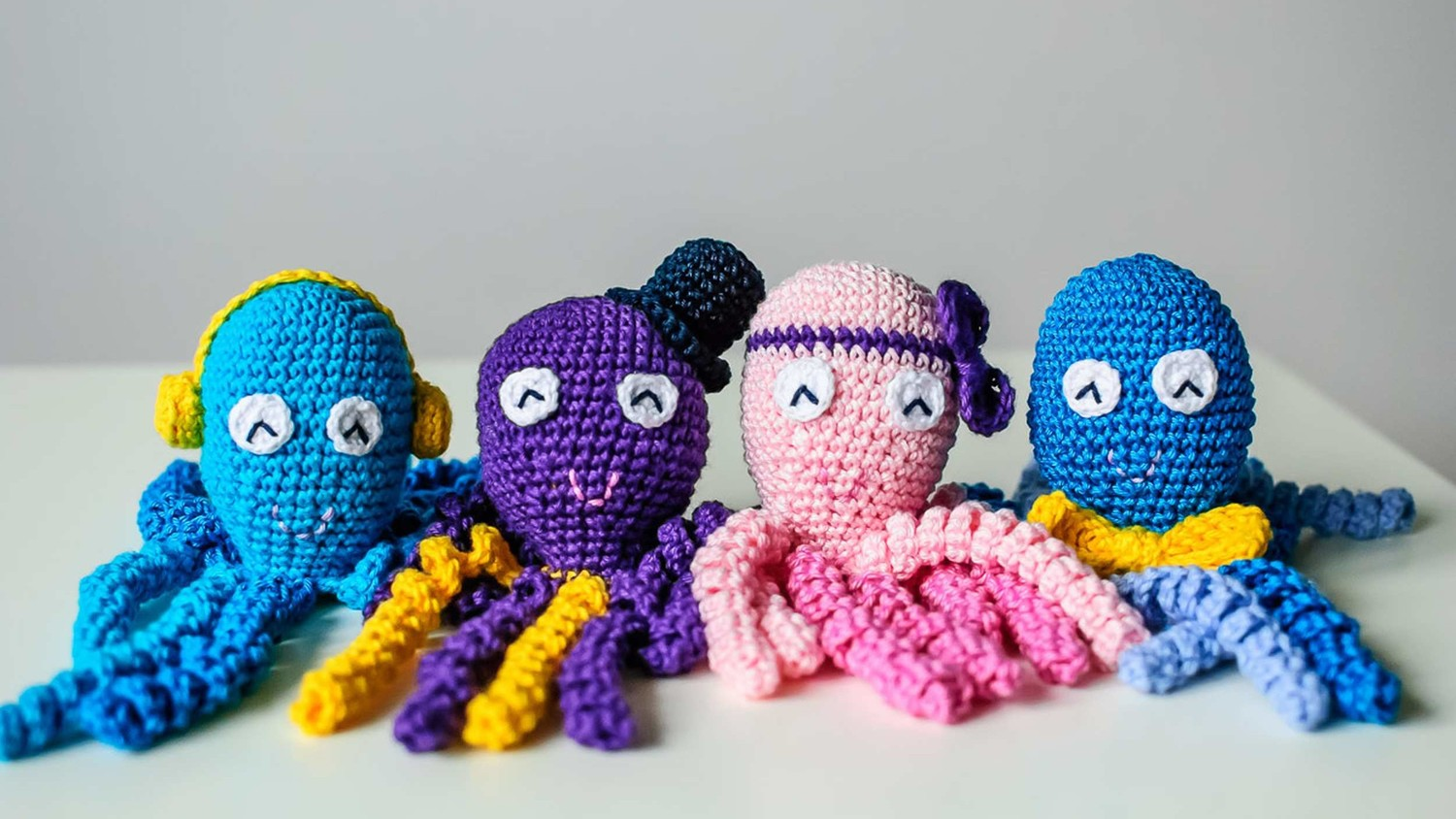 you can crochet an octopus toy to help comfort premature babies