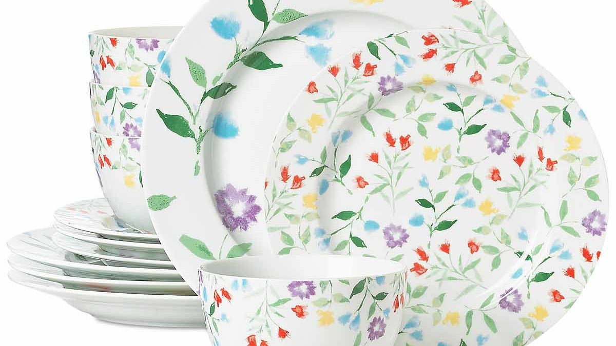 10 Spring Entertaining Essentials