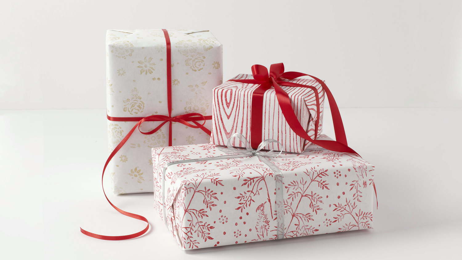 Roll-On Patterned Gift-Wrap