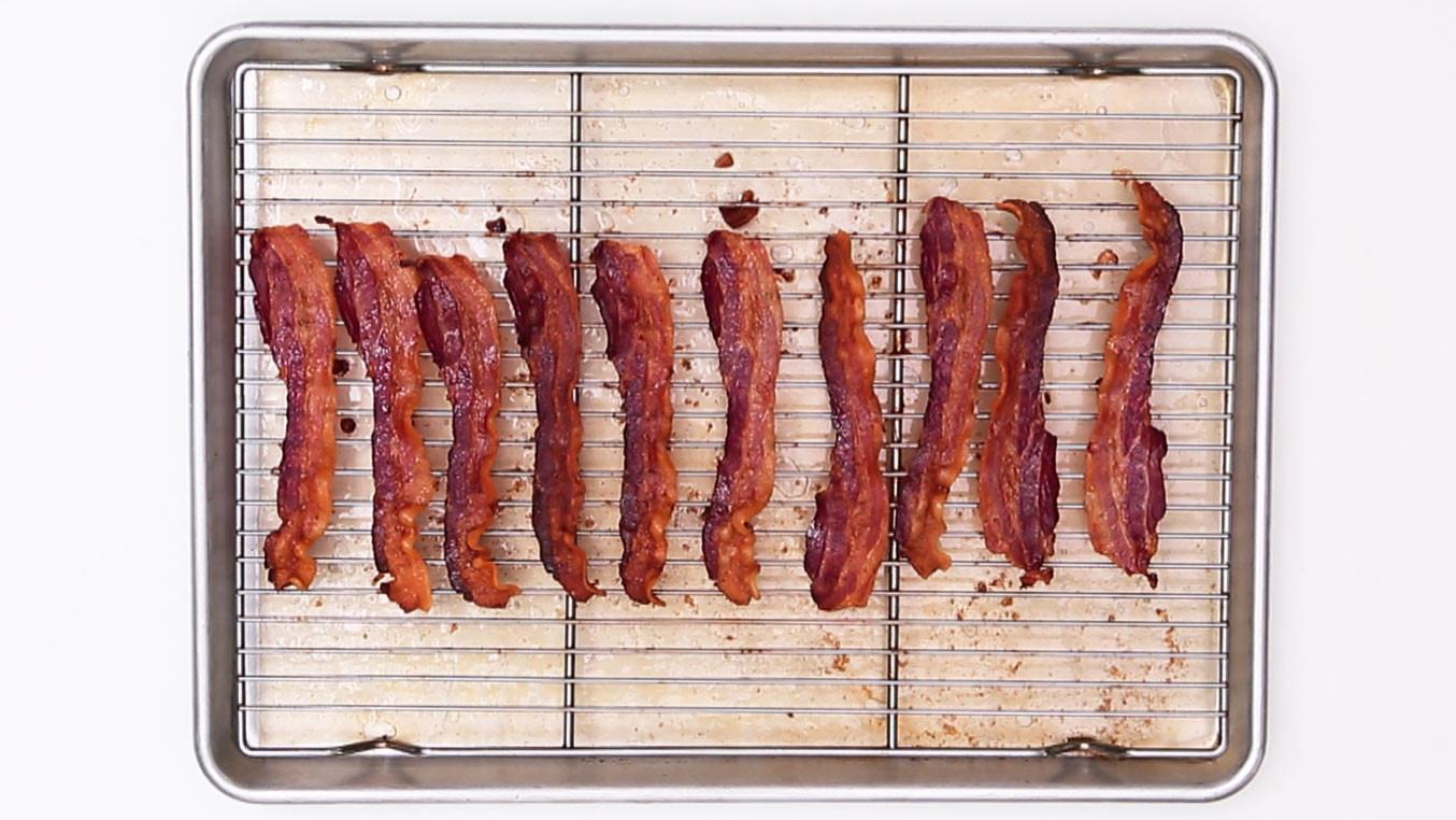 Bacon recipes martha stewart for Decor bacon cooker