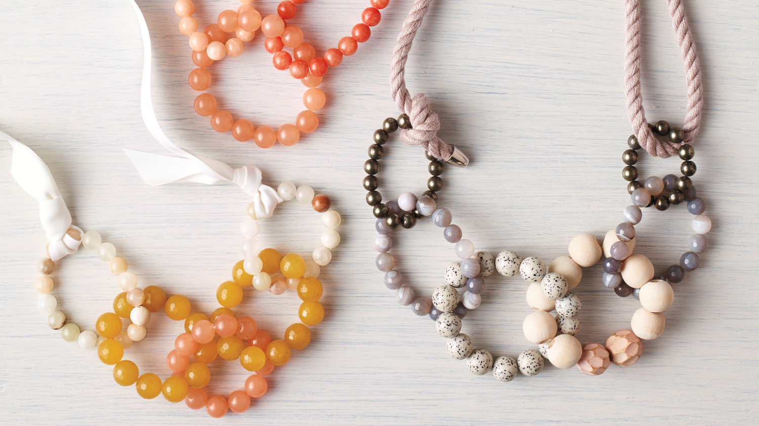 Diy jewelry beaded necklaces make the chicest links martha stewart solutioingenieria Images