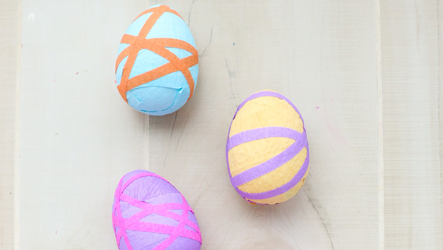 Crepe-Paper Surprise Easter Eggs