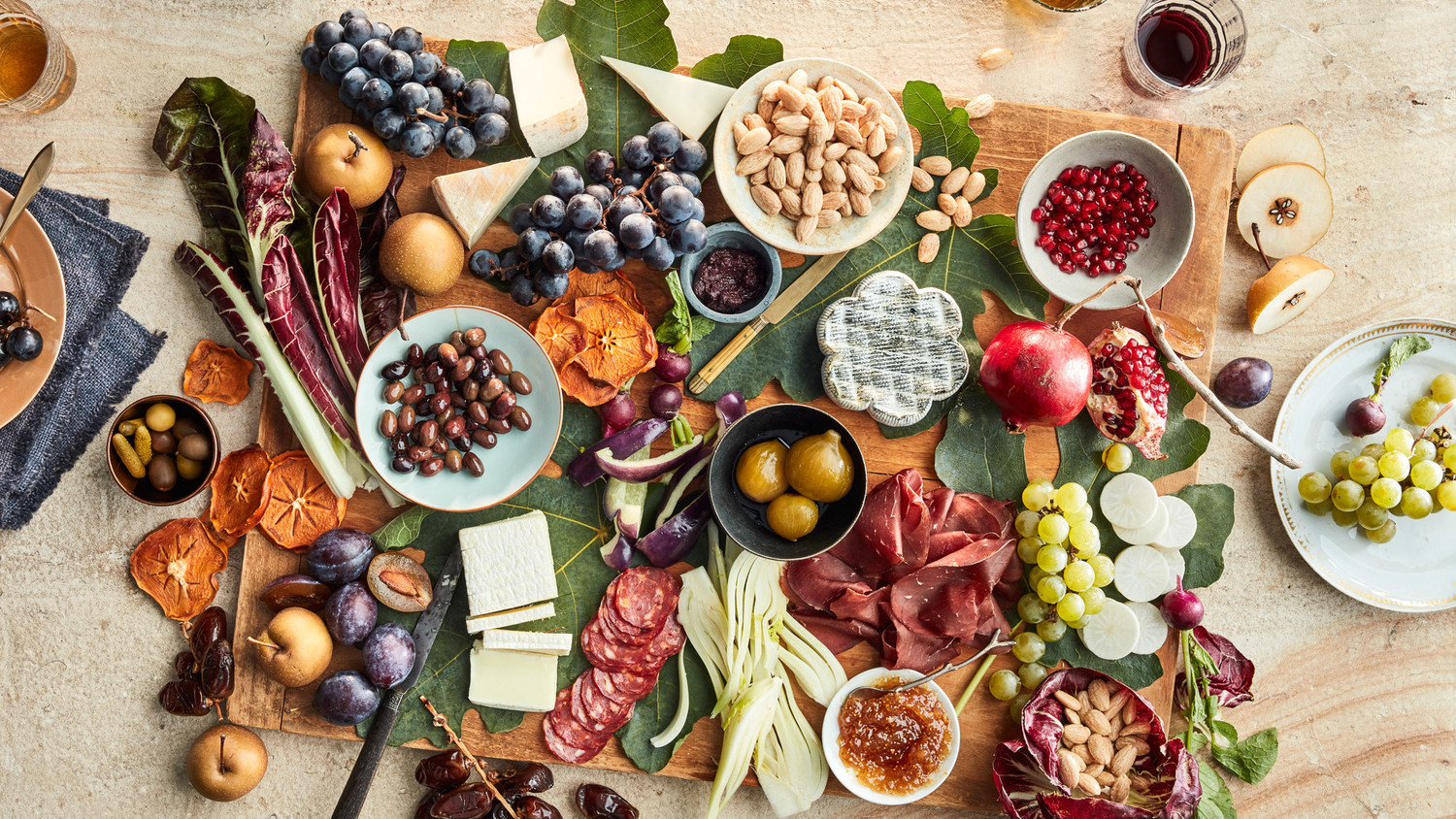 Get The Party Started With A Holiday Grazing Board
