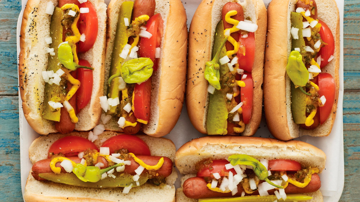 chicago-dog-madhungry002-0711mld107324_h