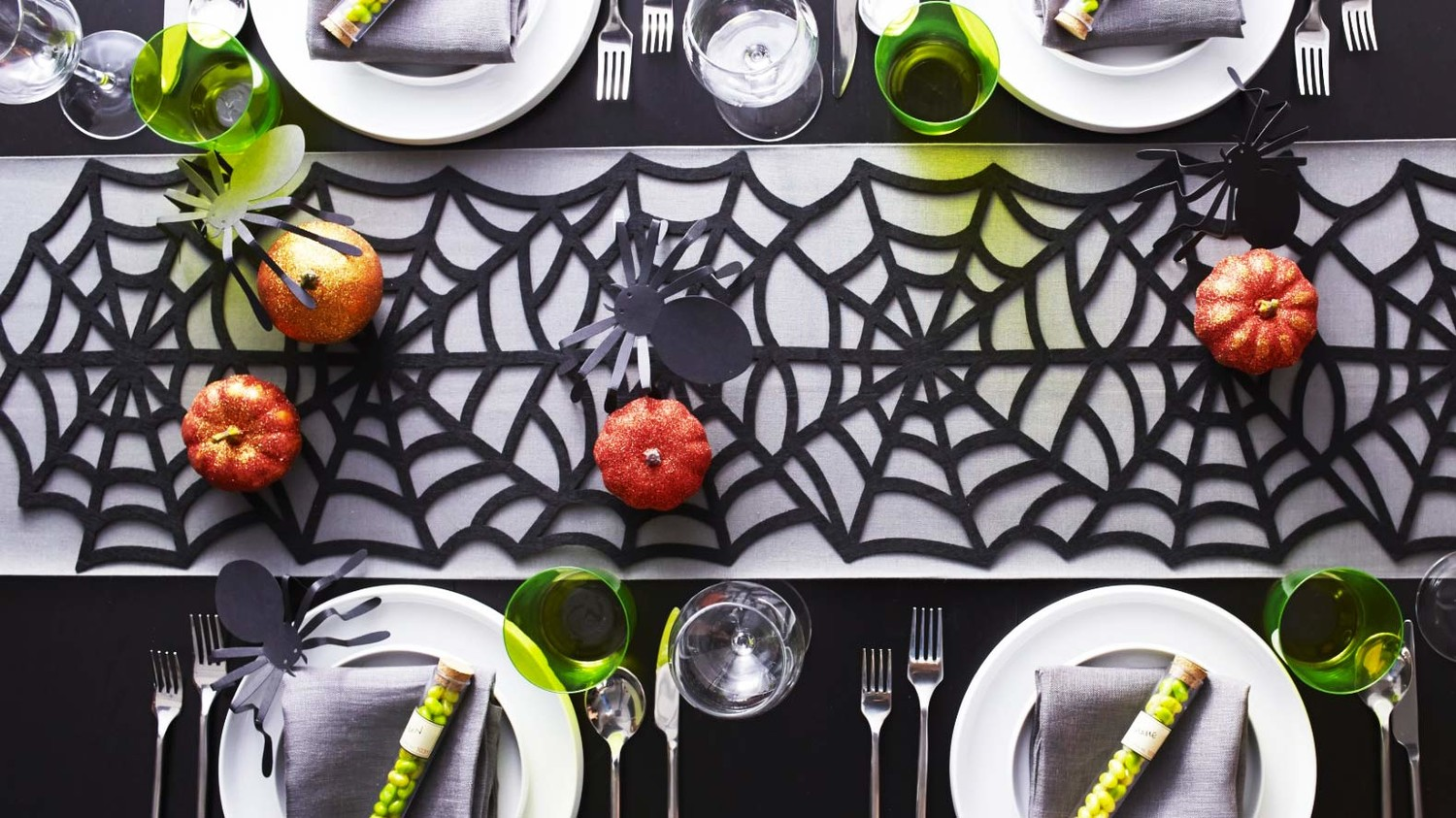 Halloween Dinner Party Ideas.Martha Stewart S Halloween Dinner Party