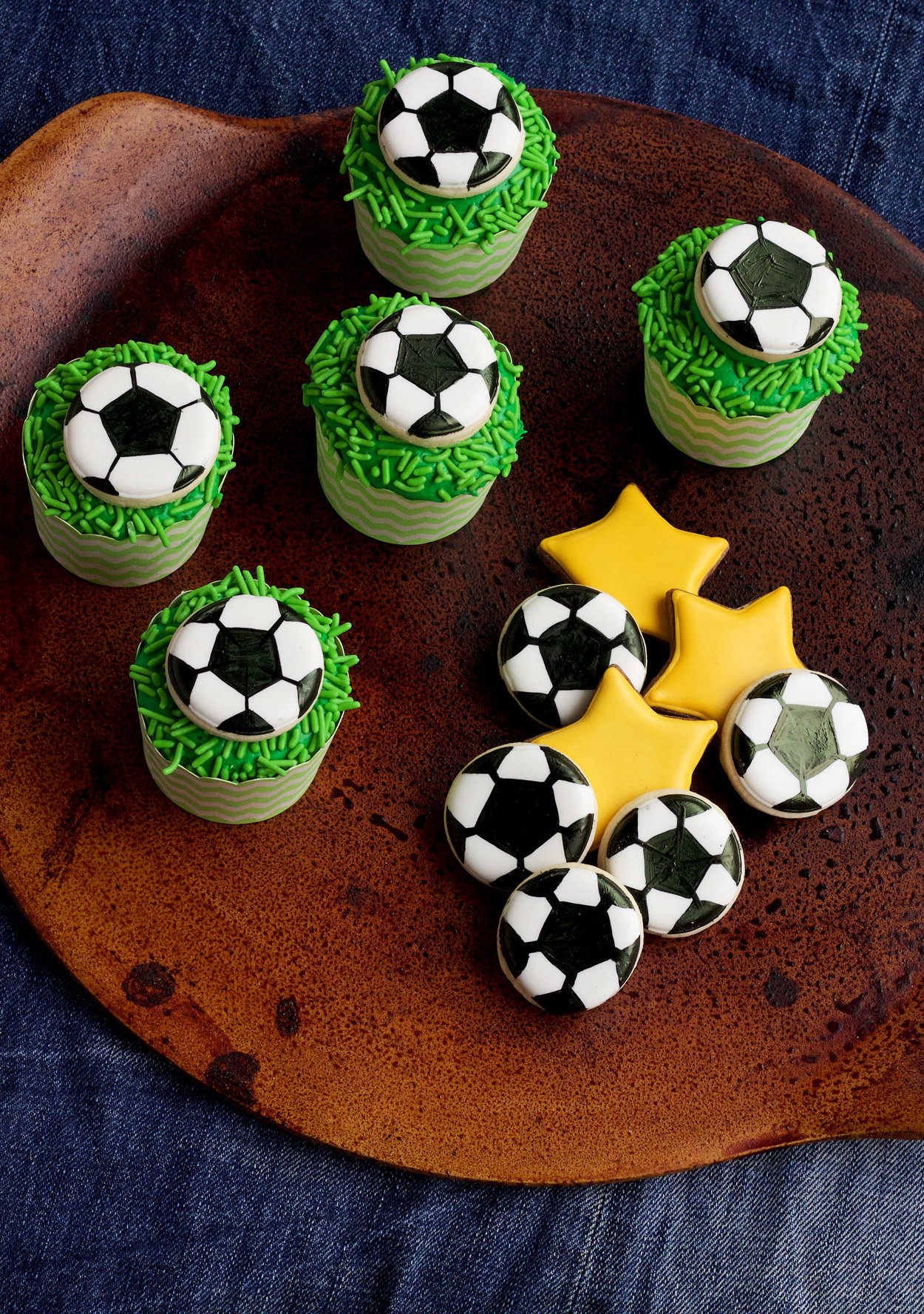 Sugar Goals How To Make Soccer Cupcakes Martha Stewart