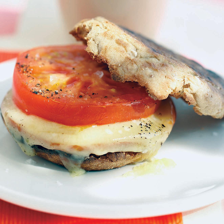 Mfd101470hea002 0705 Breakfast Sandwich SqitokBxxrI5xx