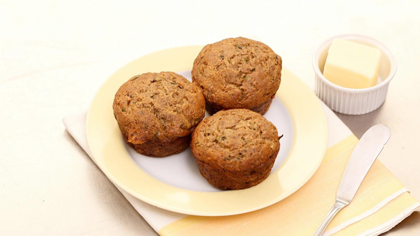 Video zucchini banana breakfast muffin recipe martha stewart forumfinder Images