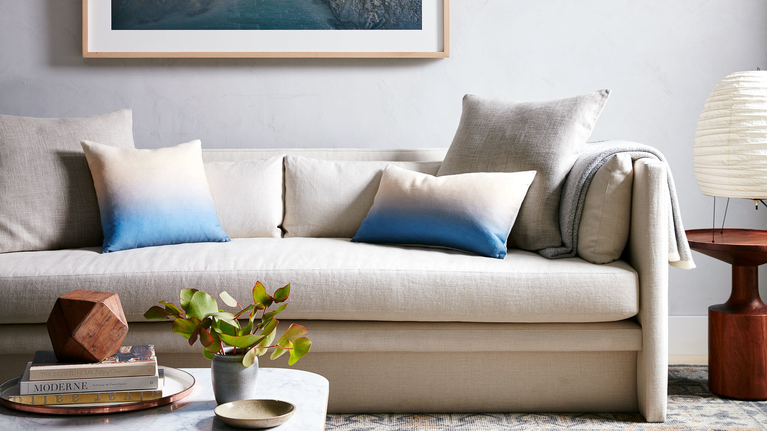 Picture of: The Ultimate Guide To Buying A Sofa Martha Stewart