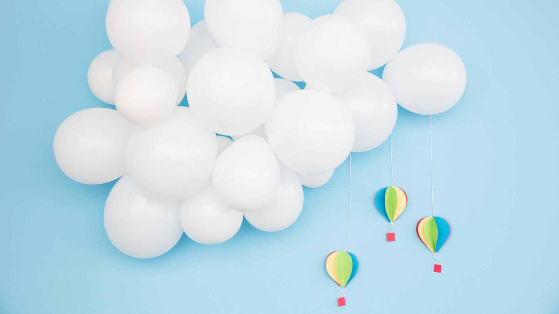 baby shower balloon clouds