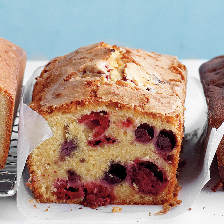 Berry Cornmeal Pound Cake