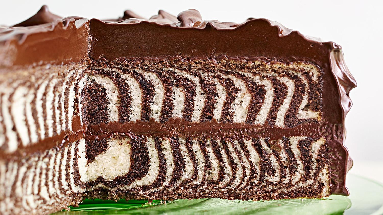 vanilla chocolate cake