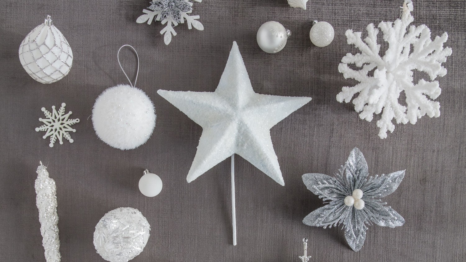 how to decorate a winter white christmas tree martha stewart - White Christmas Tree Ornaments