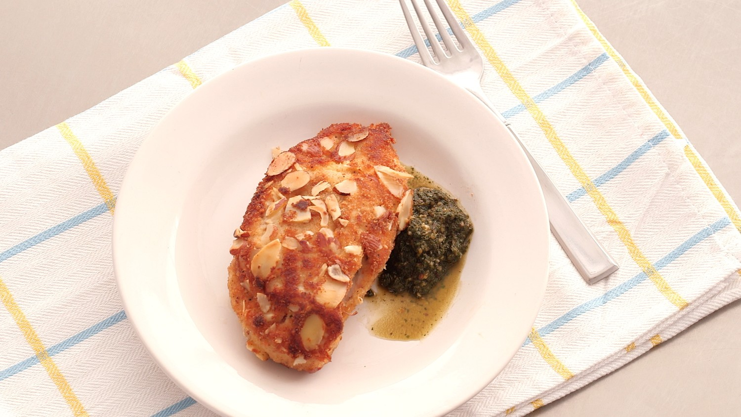 Almond-Apricot Chicken Recipe with Mint Pesto Video ...