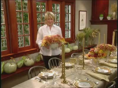 Video: How to Set A Festive Thanksgiving Dinner Table | Martha Stewart