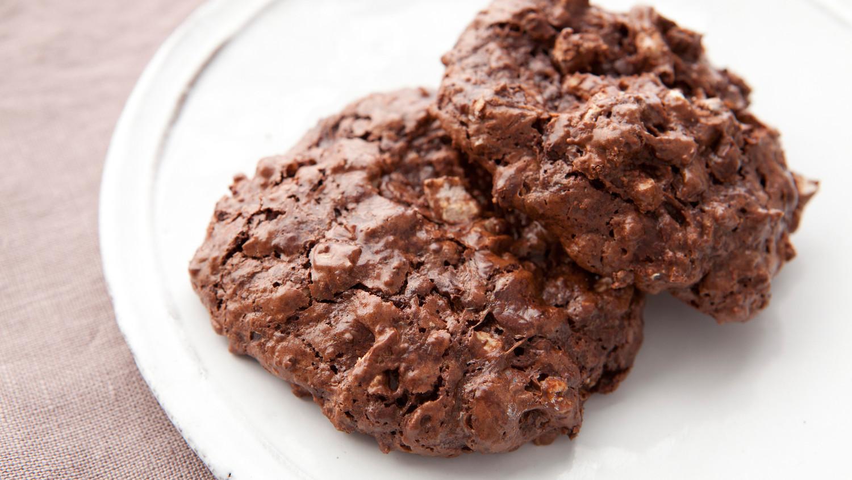 flourless-double-chocolate-pecan-cookies-medfw1035_horiz.jpg?itok ...