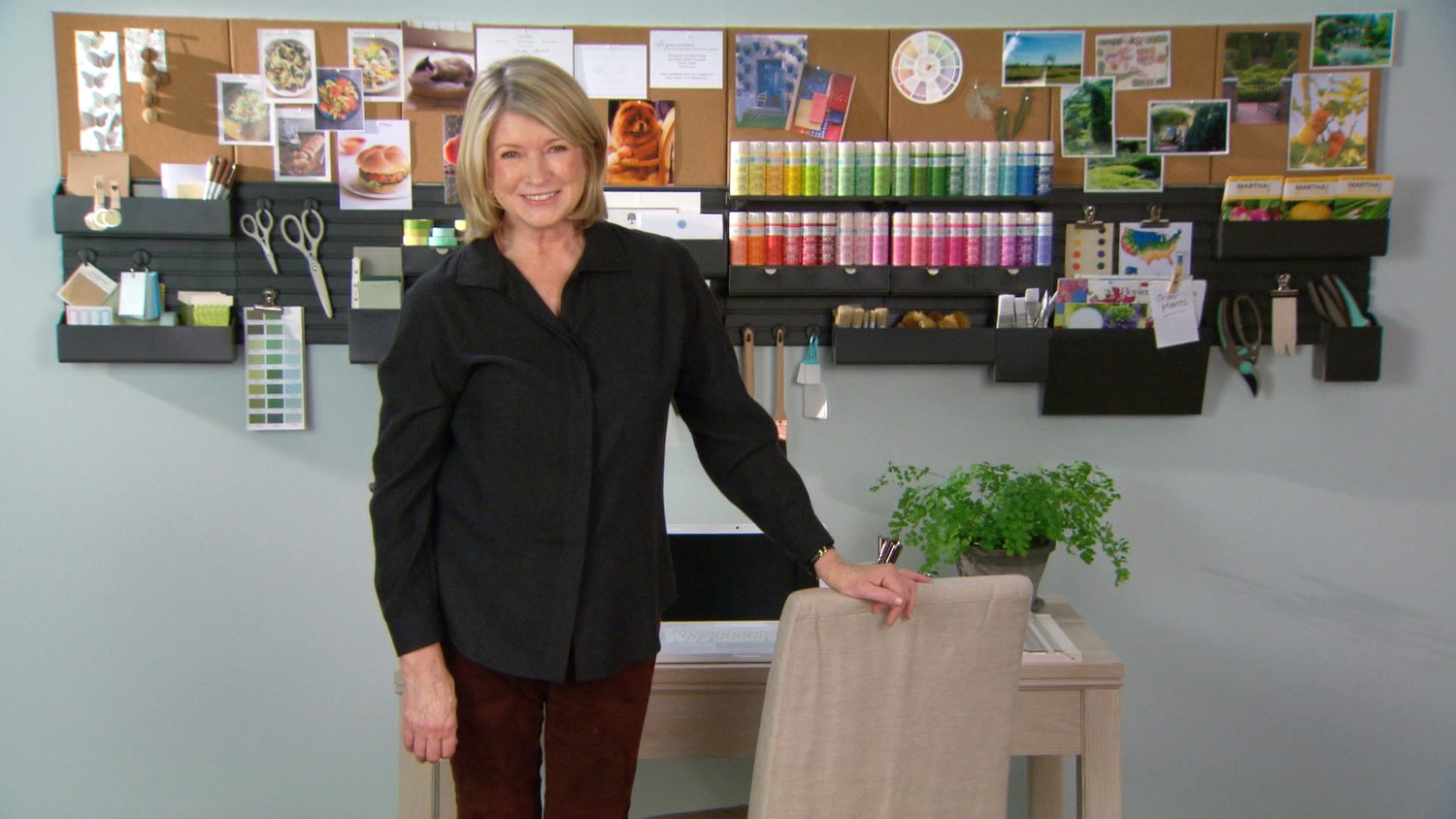 martha stewart home office with avery wall manager