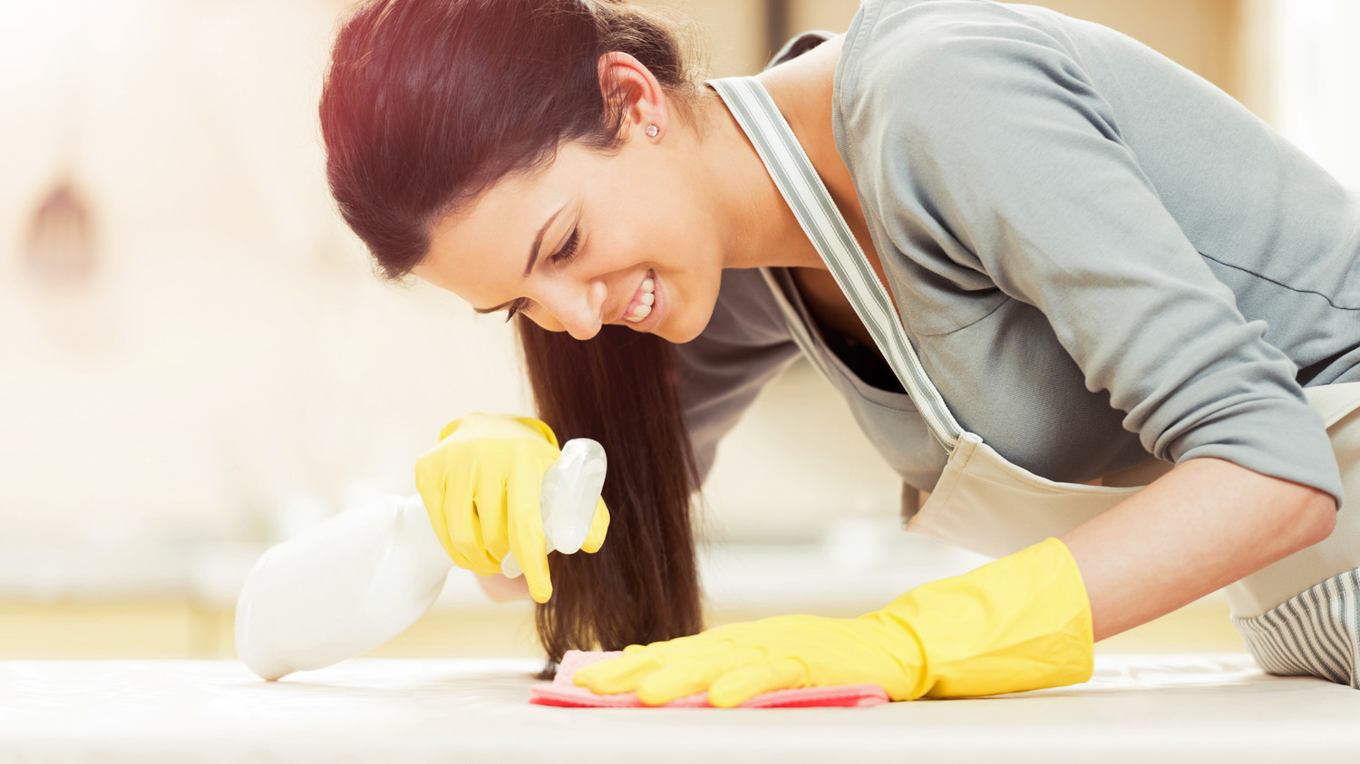 The Right Way To Clean With Bleach In Your Home