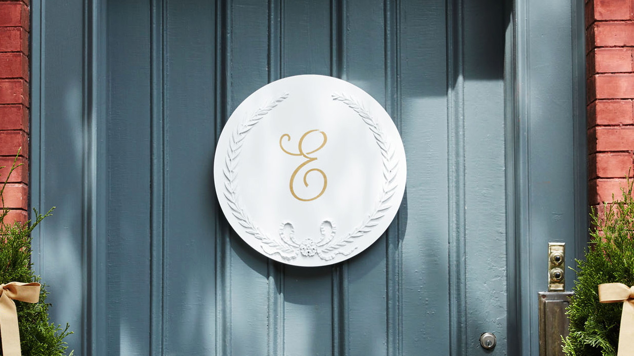Chalk-Painted Monogram Plaque