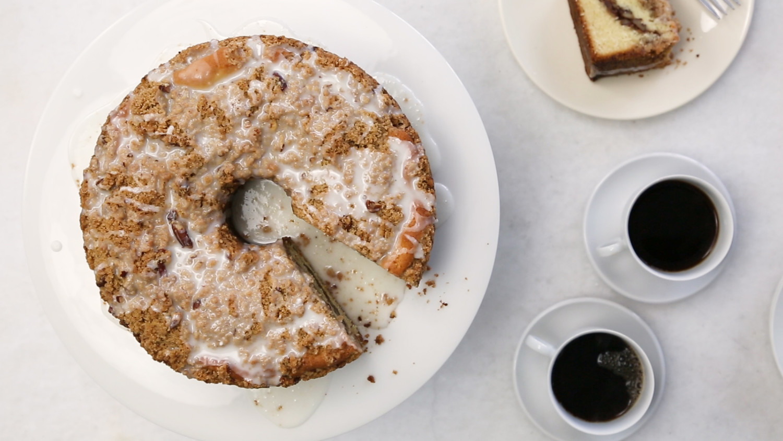 Video Cinnamon Streusel Coffee Cake Video Martha Stewart