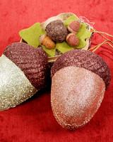 3061_112907_acorns.jpg