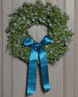 5062_121109_wreath.jpg