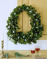 a99050_1201_wreath.jpg