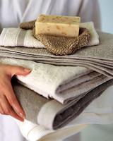 bas_may05_towels_l.jpg