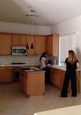 dark-kitchen-04.16.jpg (skyword:290194)