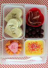 valentine-bento-10.jpg (skyword:387839)