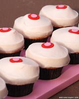 3110_021208_cupcakes.jpg