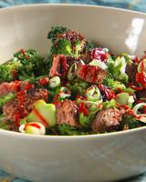 mh_1093_burger_salad.jpg