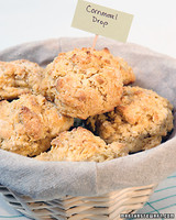 1129_recipe_biscuits4.jpg