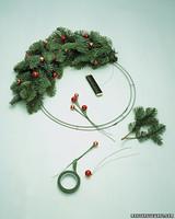 a99033_1201_wreathht1.jpg