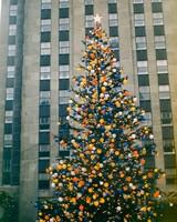 Getty-rockefeller-tree-dec-1955