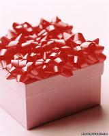 la100429_1203_pinkbox.jpg