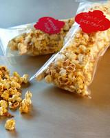 mh_1056_spicy_popcorn.jpg